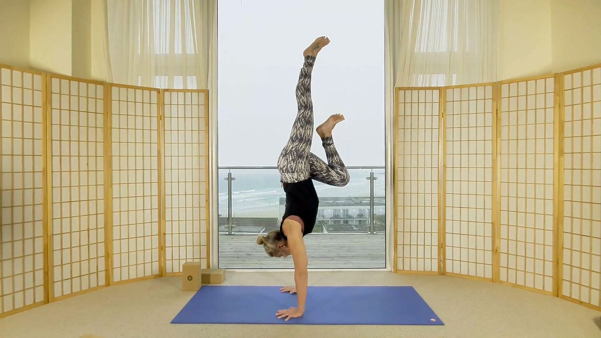 oceanflow anywhere on demand yoga classes flow 60 shoulder stability