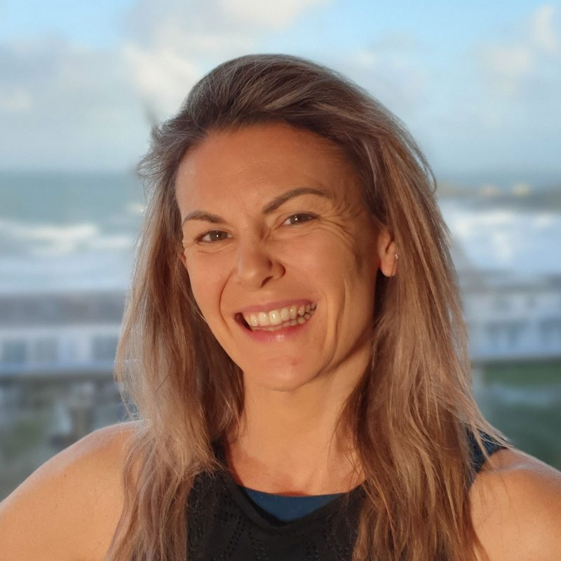 Jen Harvey Oceanflow Anywhere Yoga Teacher Newquay Cornwall UK