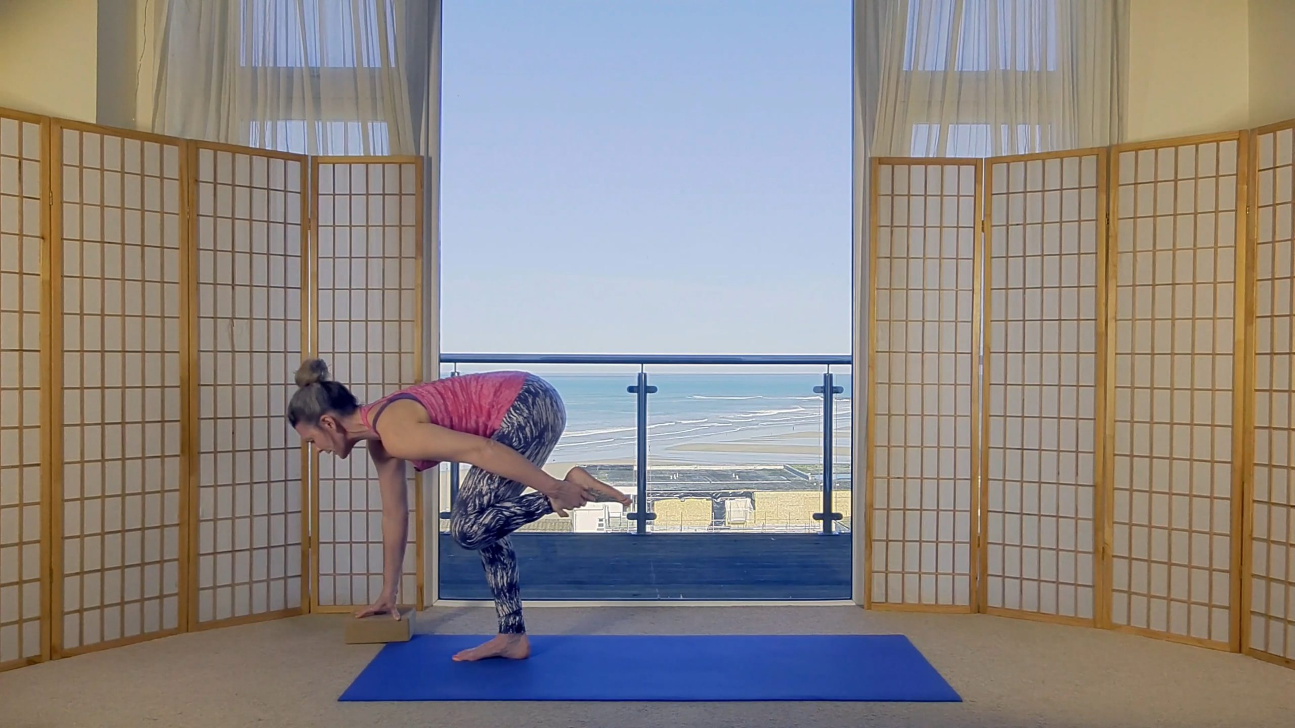 Vinyasa Flow yoga online on demand Oceanflow