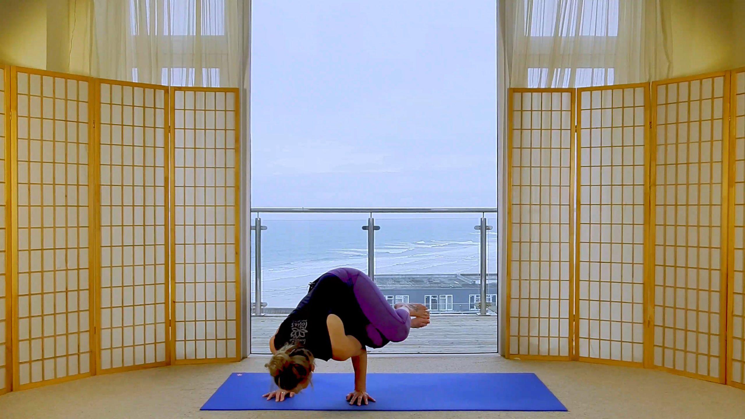 oceanflow anywhere yoga Short vinyasa flow stretch online